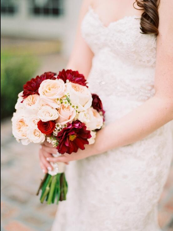 classic and incorporates small pops of pale pink and muted green along with burgundy by Melanie Bennett Photography