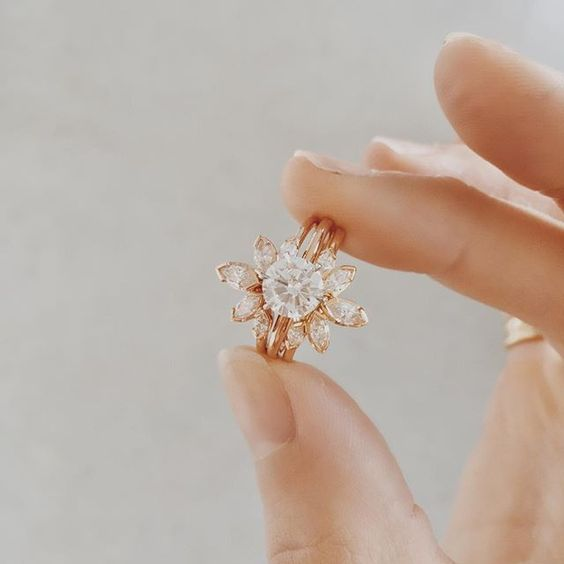 18 Floral Diamond Engagement Ring You Will Love