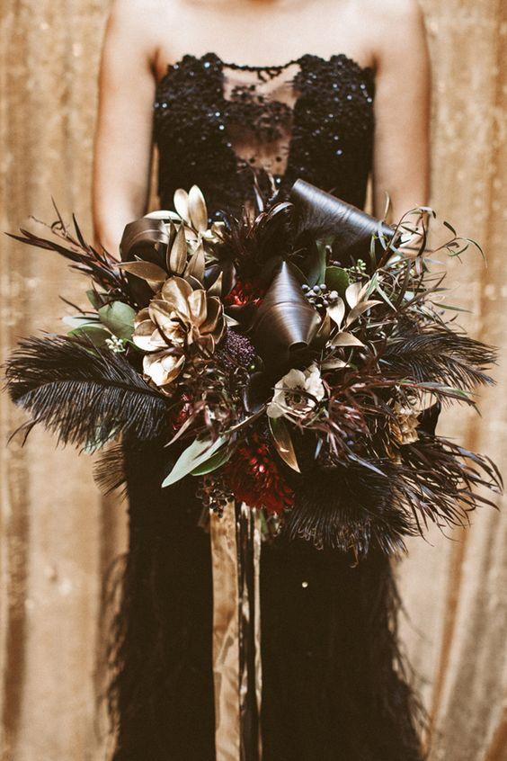 18 Unique Rustic Feather Wedding Bouquet Ideas