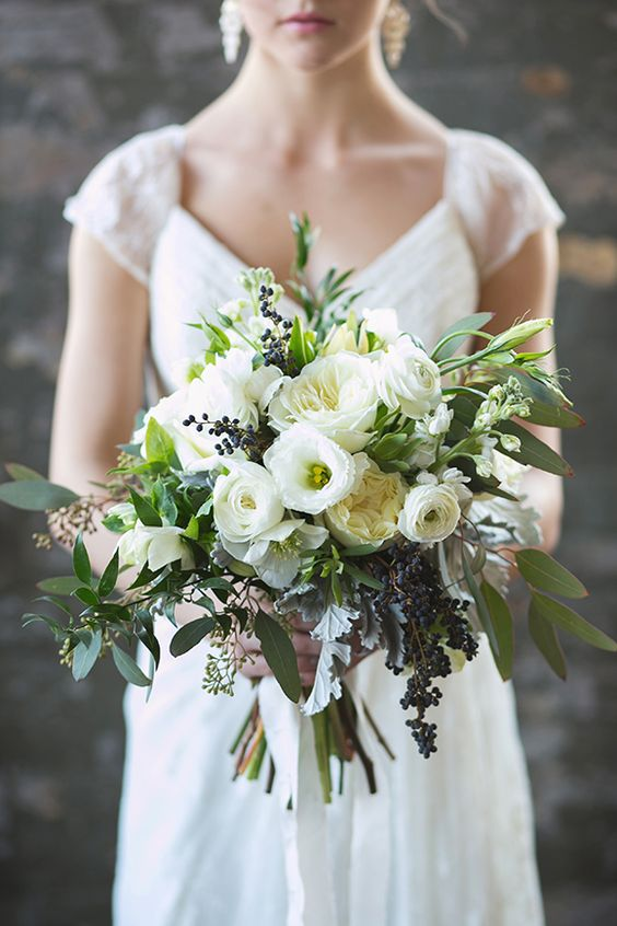 18 white and green bouquet for modern spring weddings mightylinksfo