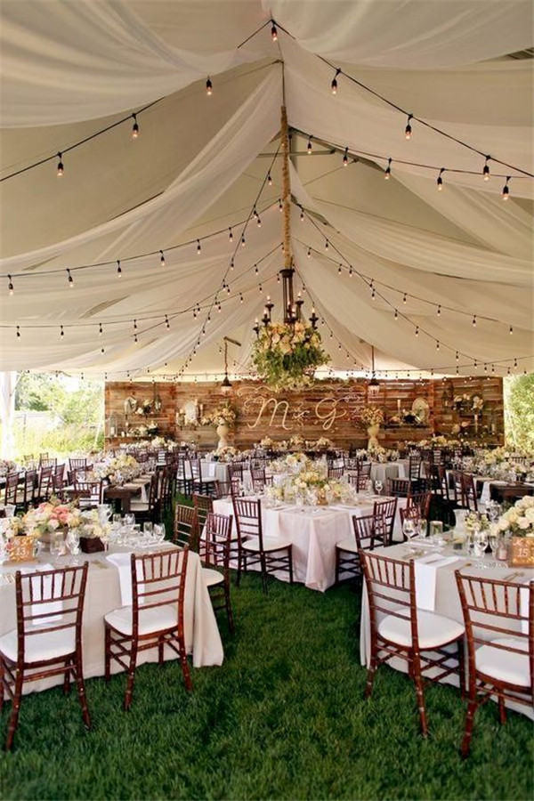 Backyard wedding decorations for your big day