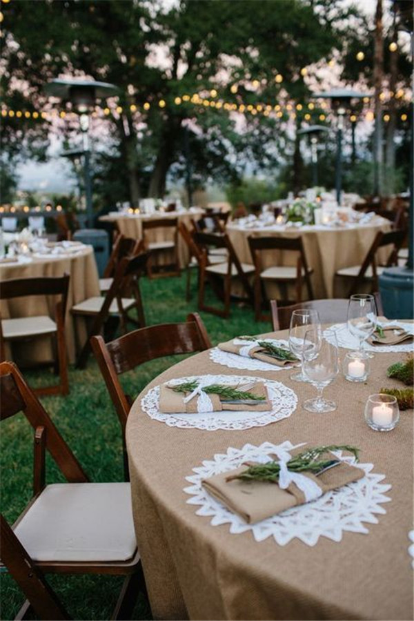 Burlap Table Decoration for Backyard Wedding Reception Ideas