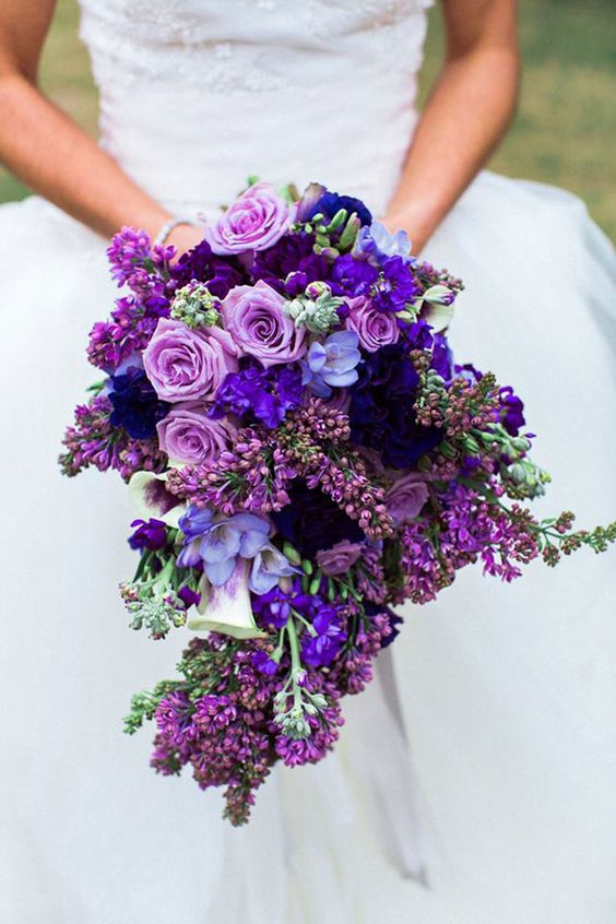 20 Ultra Violet Wedding Bouquet Ideas