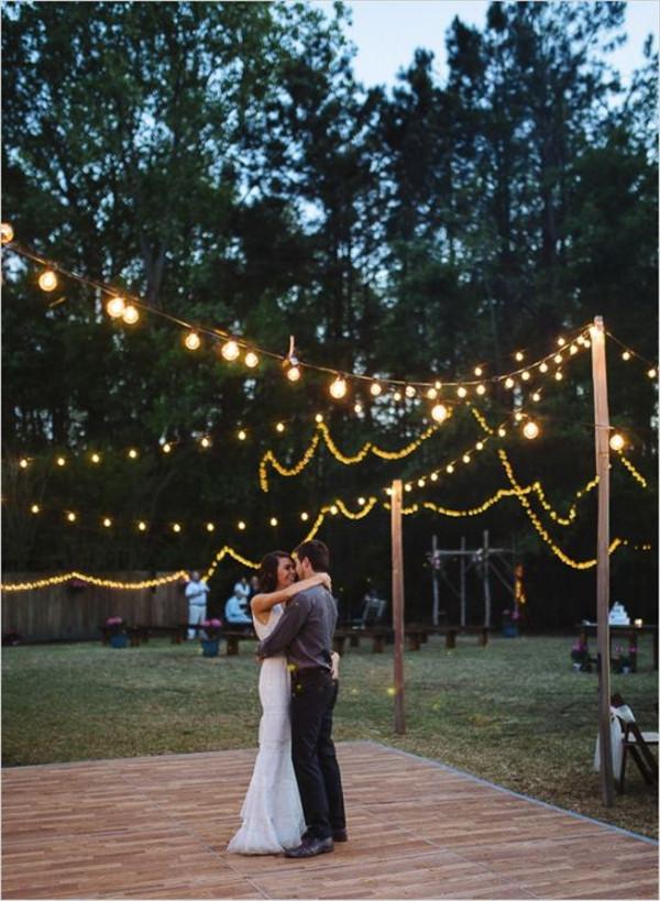 Hip backyard wedding weddingchicks Captured