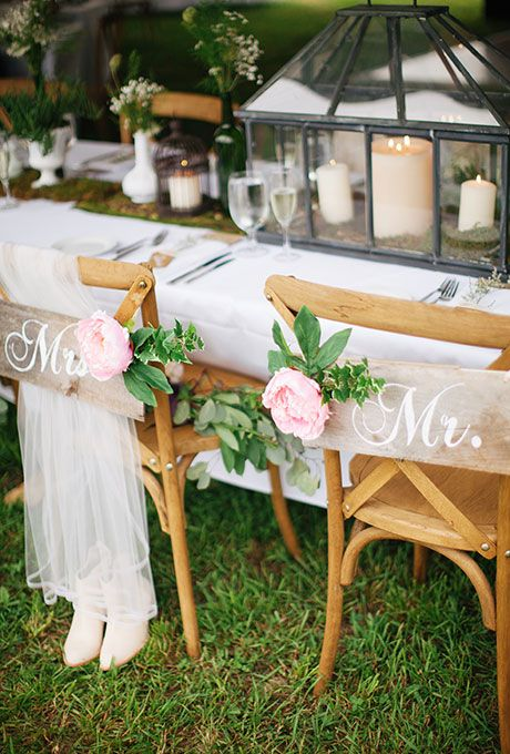& 20 Chic Wedding Chair Decoration Ideas for Bride and Groom