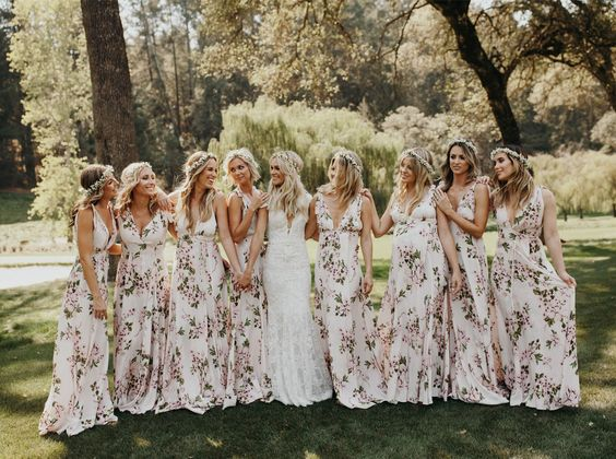 22 Floral Print Bridesmaid Dresses for Spring and Summer Weddings_019