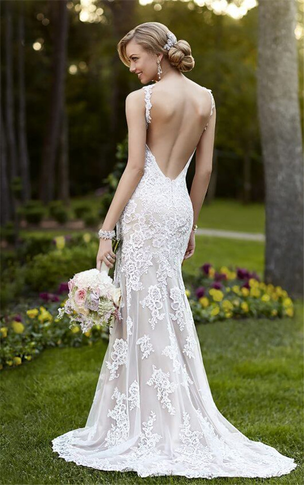 18 Sexy and Breath-taking Backless Wedding Dresses