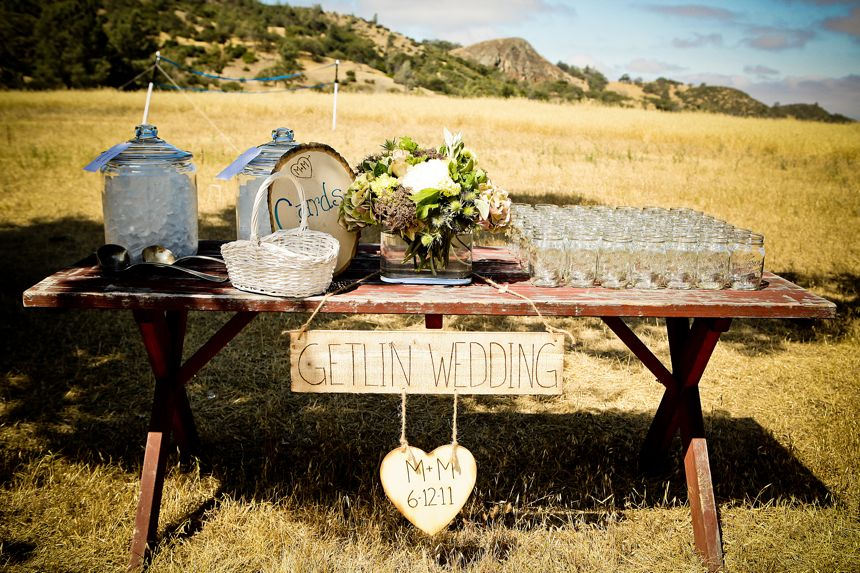 16 awesome outside fall wedding ideas junglespirit Image collections