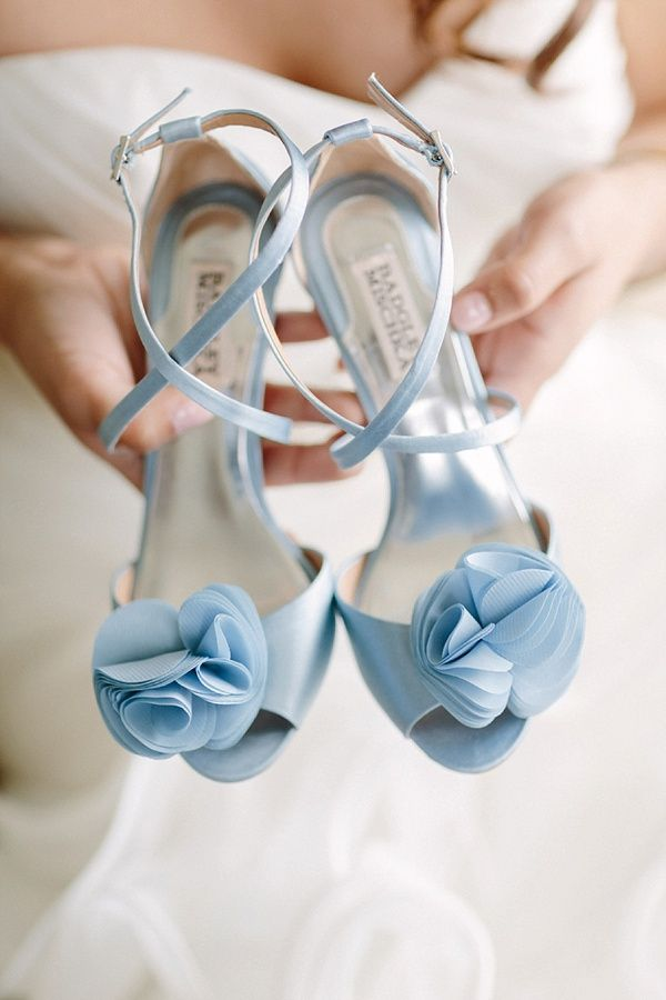 Blue Wedding Shoes For Stylish Brides