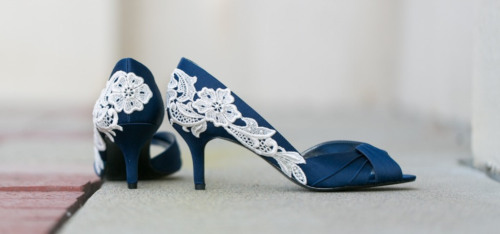 Blue Wedding Shoes for Stylish Brides_4