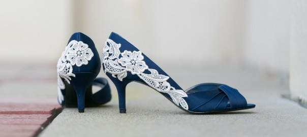 Blue Wedding Shoes for Stylish Brides_4