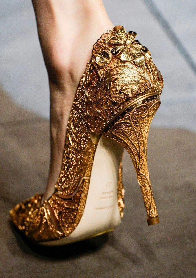 20 drop dead gorgeous gold wedding shoes ideas drop dead gorgeous gold wedding shoes ideas junglespirit Gallery