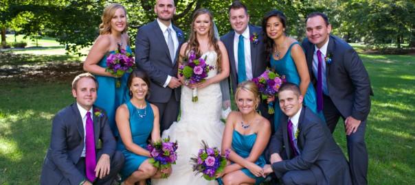 Vibrant Peacock Wedding Ideas Worth Trying_11