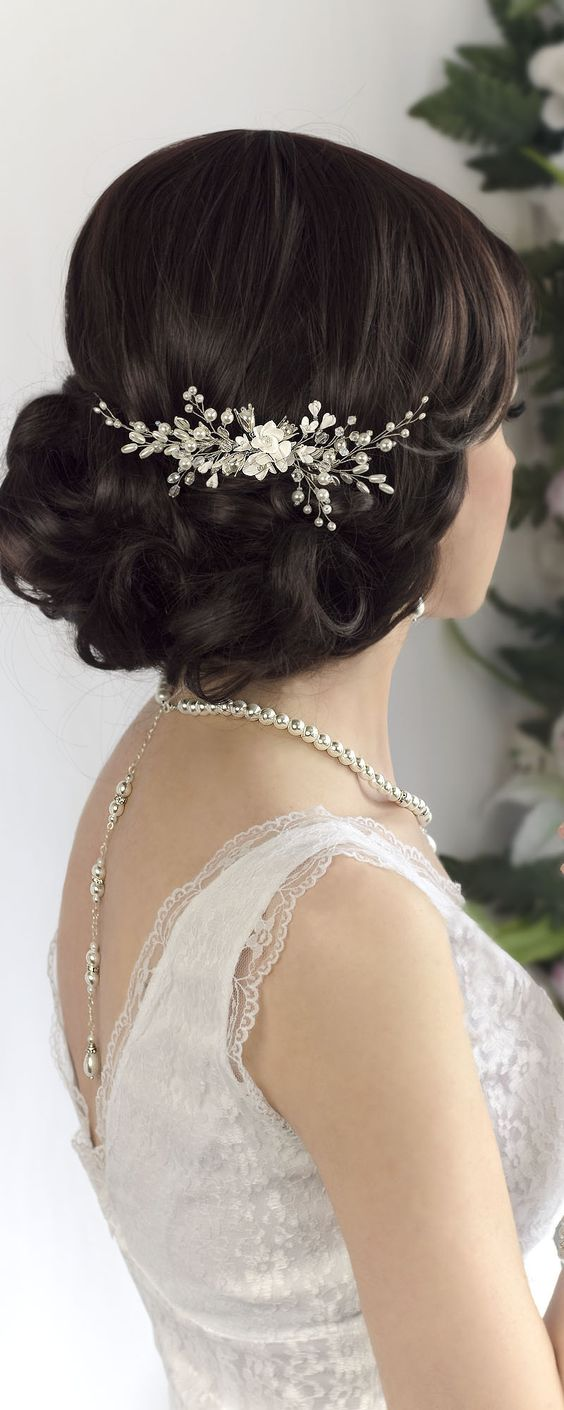 Handmade wedding pearl comb for hair