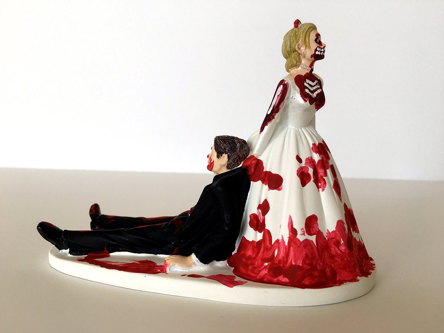 15 Funny Wedding Cake Toppers To Make Your Guests Laugh