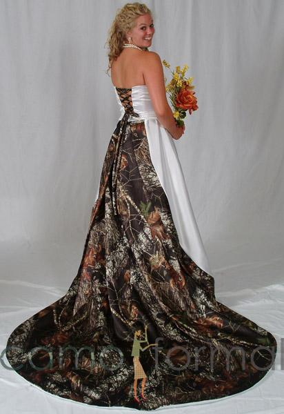 c49786107c063 20 Camo Wedding Dresses Ideas to Make Your Big Day One of a Kind