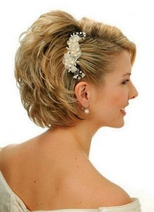 Chic and Stylish Wedding Hairstyles for Short Hair_06