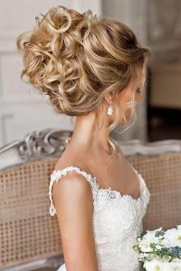 Chic and Stylish Wedding Hairstyles for Short Hair_14