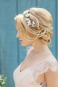 Chic and Stylish Wedding Hairstyles for Short Hair_39