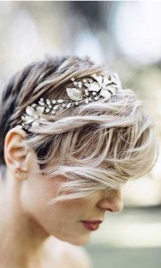 Chic and Stylish Wedding Hairstyles for Short Hair_48