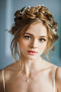 Chic and Stylish Wedding Hairstyles for Short Hair_50