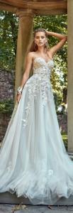 How to Choose Amazing Beach Wedding Dresses07