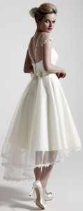 How to Choose Amazing Beach Wedding Dresses08