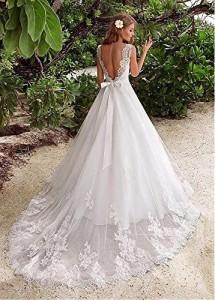 How to Choose Amazing Beach Wedding Dresses09