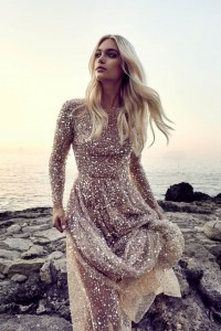 How to Choose Amazing Beach Wedding Dresses22