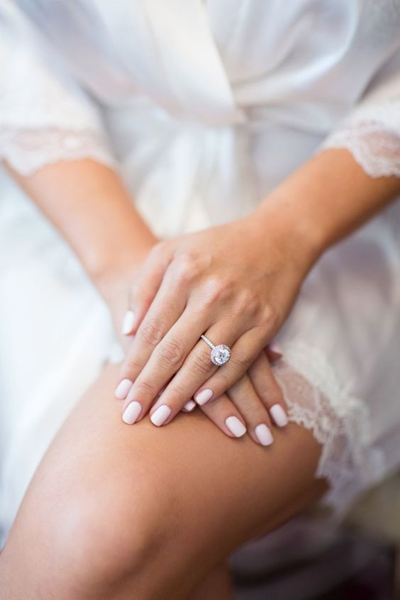 Perfect Wedding Nail Ideas to Shine!