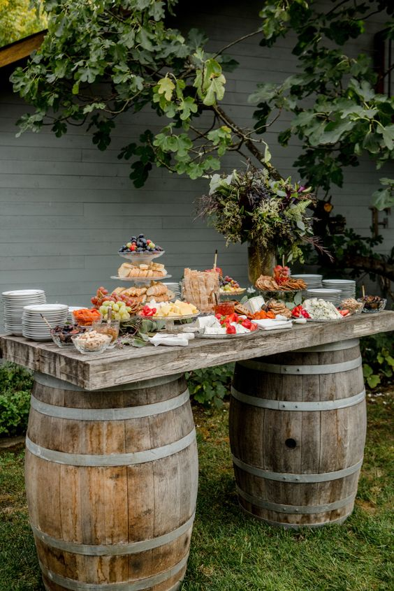 Chic Wedding Reception Ideas to Have a Great Wedding (11)