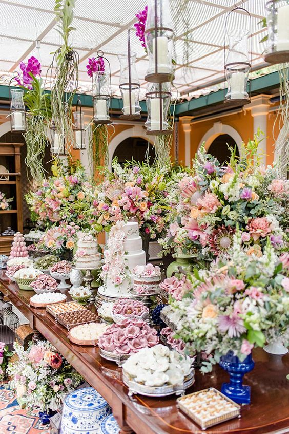 Chic Wedding Reception Ideas to Have a Great Wedding (30)