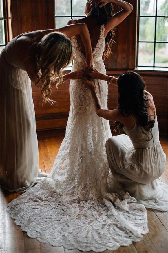Lace wedding dress Photo: Kallima Photography Shoot