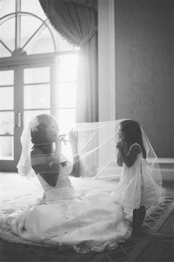 Pic of bride and flower girl
