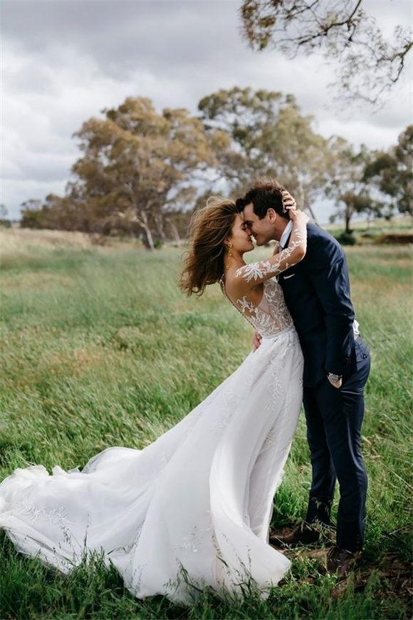 Wind is a Wedding Photographer's Best Friend