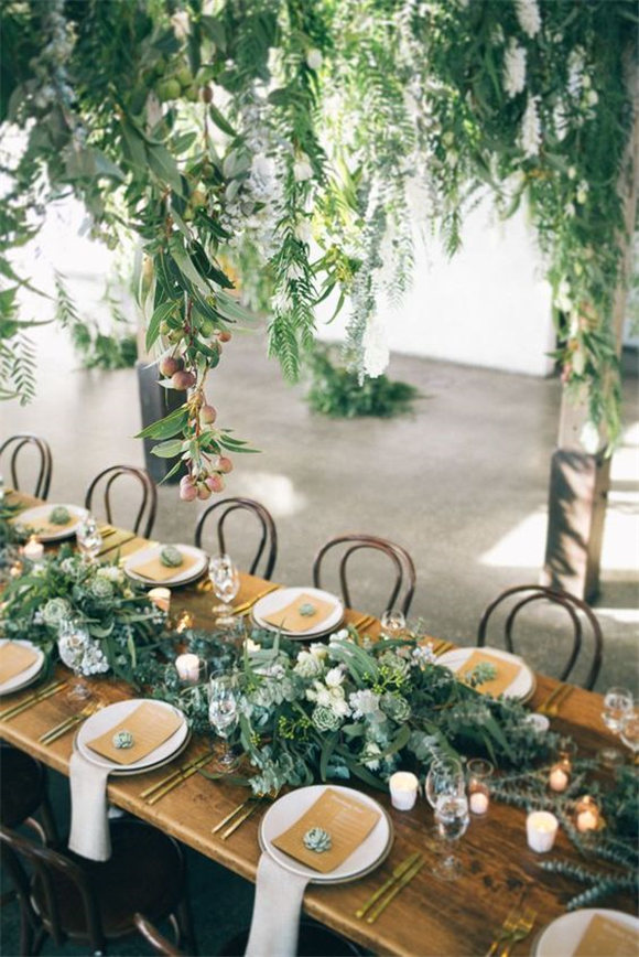 Stunning wedding inspiration with lush greens