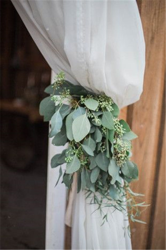 Seeded eucalyptus with draped fabric - organic