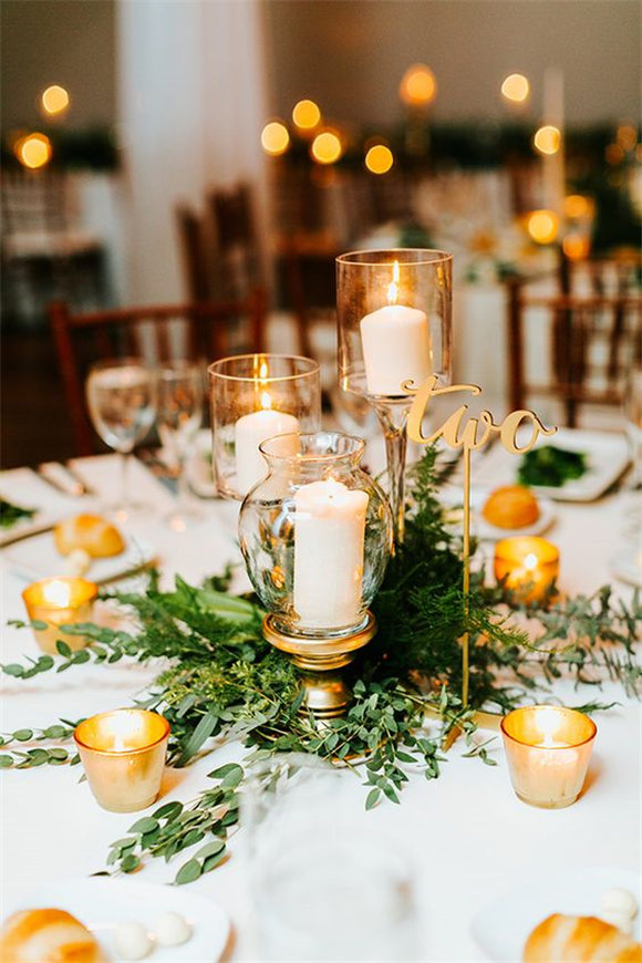 Cozy Up with this Chic Philly Wedding