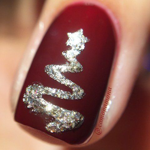 Christmas Nail Art Design Ideas That Are In Trend_14