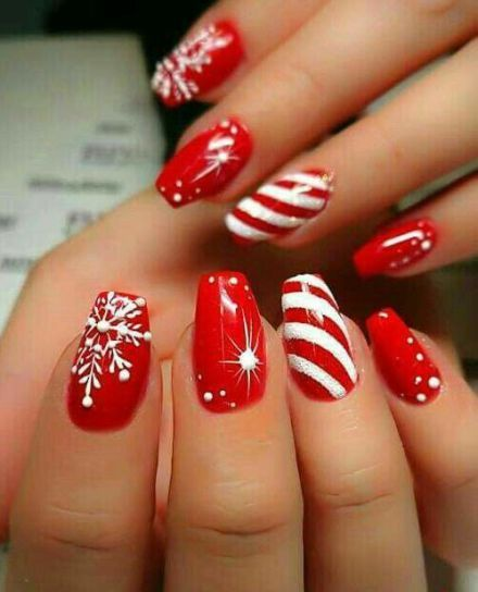 Christmas Nail Art Design Ideas That Are In Trend_6