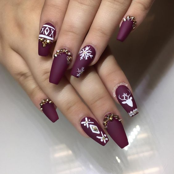 Christmas Nail Art Design Ideas That Are In Trend_8