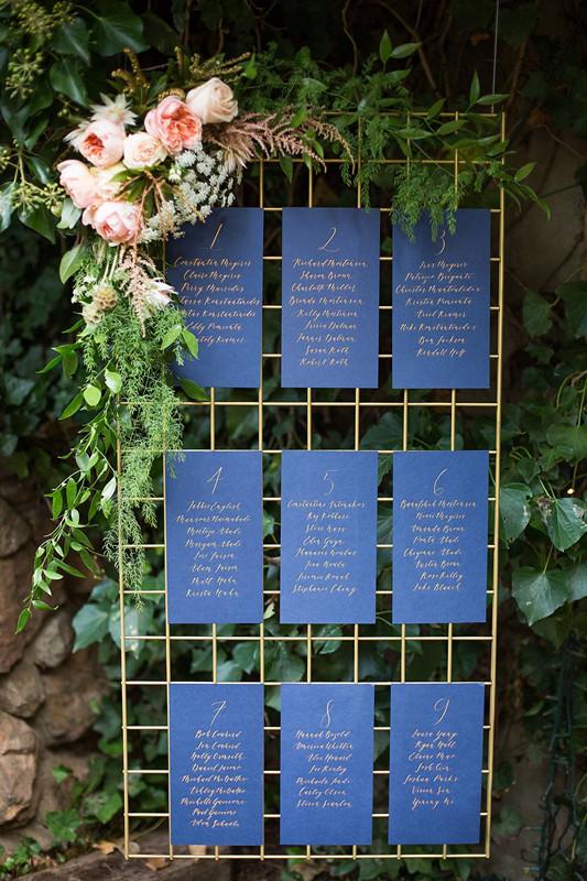 Creative and Eye-catching Wedding Seating Chart