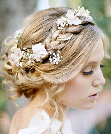 Romantic Flower Crowns for Spring and Summer Weddings