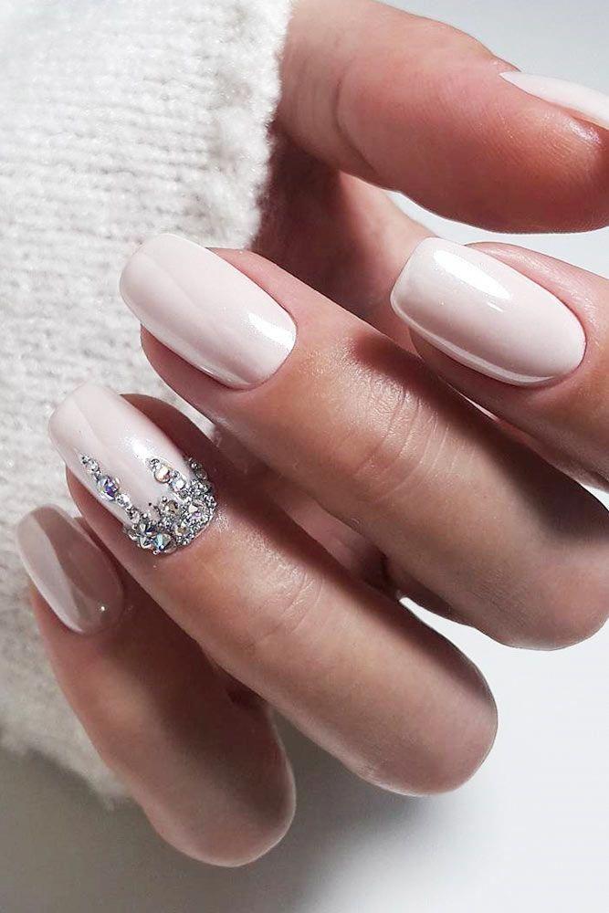 Spring Wedding Manicure Ideas to Copy