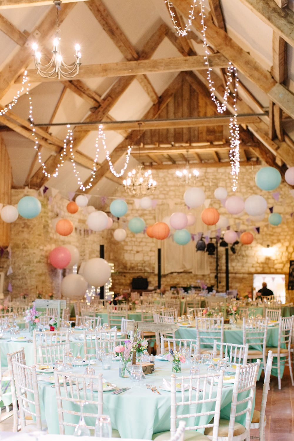 Summer Wedding Color Combos to Rock - Peach and Mint