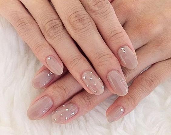 Chic Summer Wedding Nail Ideas to Love 1375628425166978521