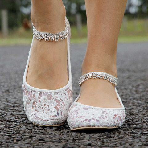 Chic and Comfy Flat Wedding Shoes for 2019
