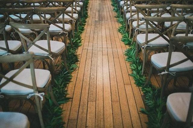 Creative Summer Wedding Aisle Decoration Ideas to Inspire