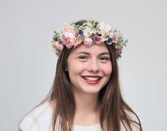 Breathtaking Floral Crowns for Fall Weddings 1155303887183825698