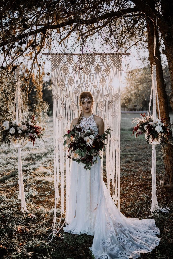 Winter Wedding Backdrop and Arches That Inspire